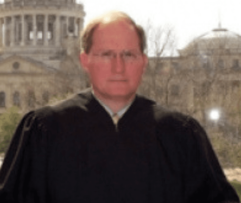 Chief Justice Bill Waller resigns from the Mississippi Supreme Court effective January 31, 2019
